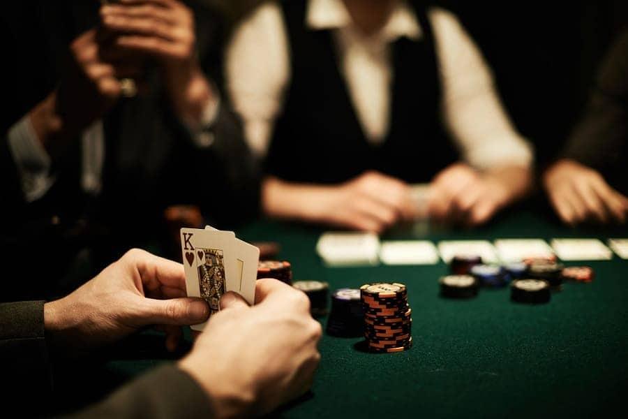 Phương pháp quản lý tài chính tốt nhất trong game Poker - Hình 1