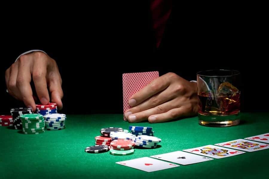 Nguyên tắc bất di bất dịch khi chơi game Poker Online - Hình 2