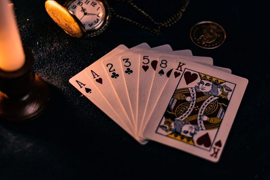 Bỏ túi ngay kinh nghiệm chơi game Poker online