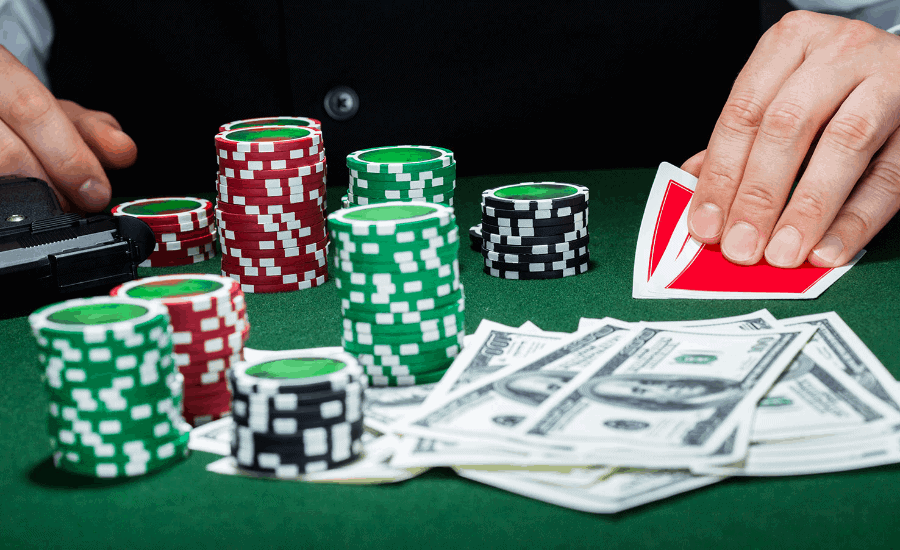 Thủ thuật nào khi chơi Poker giúp bạn chiến thắng?
