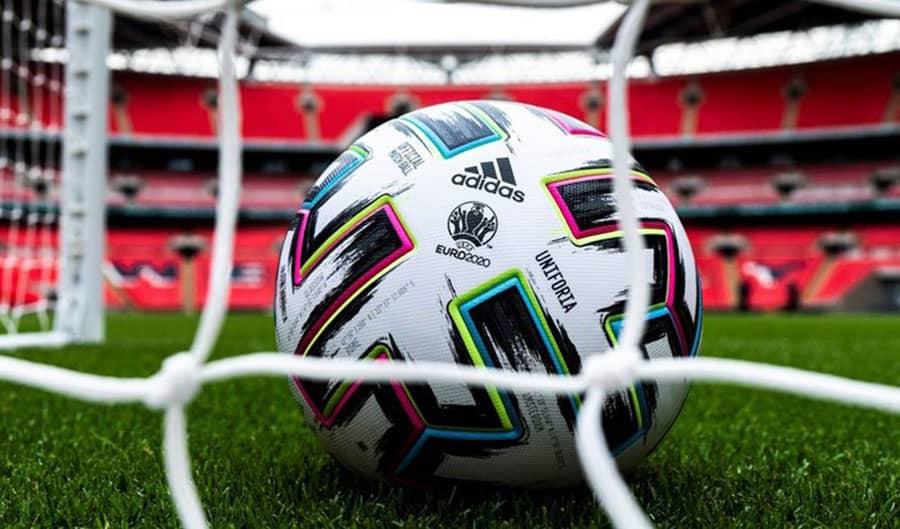 Cá cược online - Tại sao nên chọn cược bóng đá?