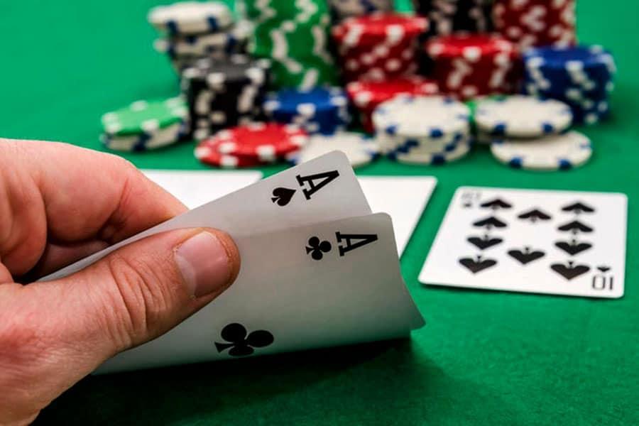 Sự khác biệt của người chơi Poker online giỏi